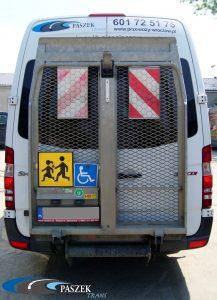 Mercedes Sprinter z windą dla niepełnosprawnych
